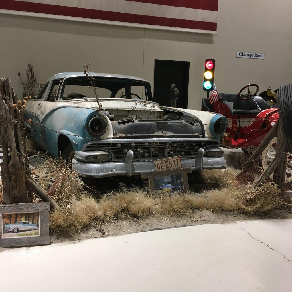 museum car display 24