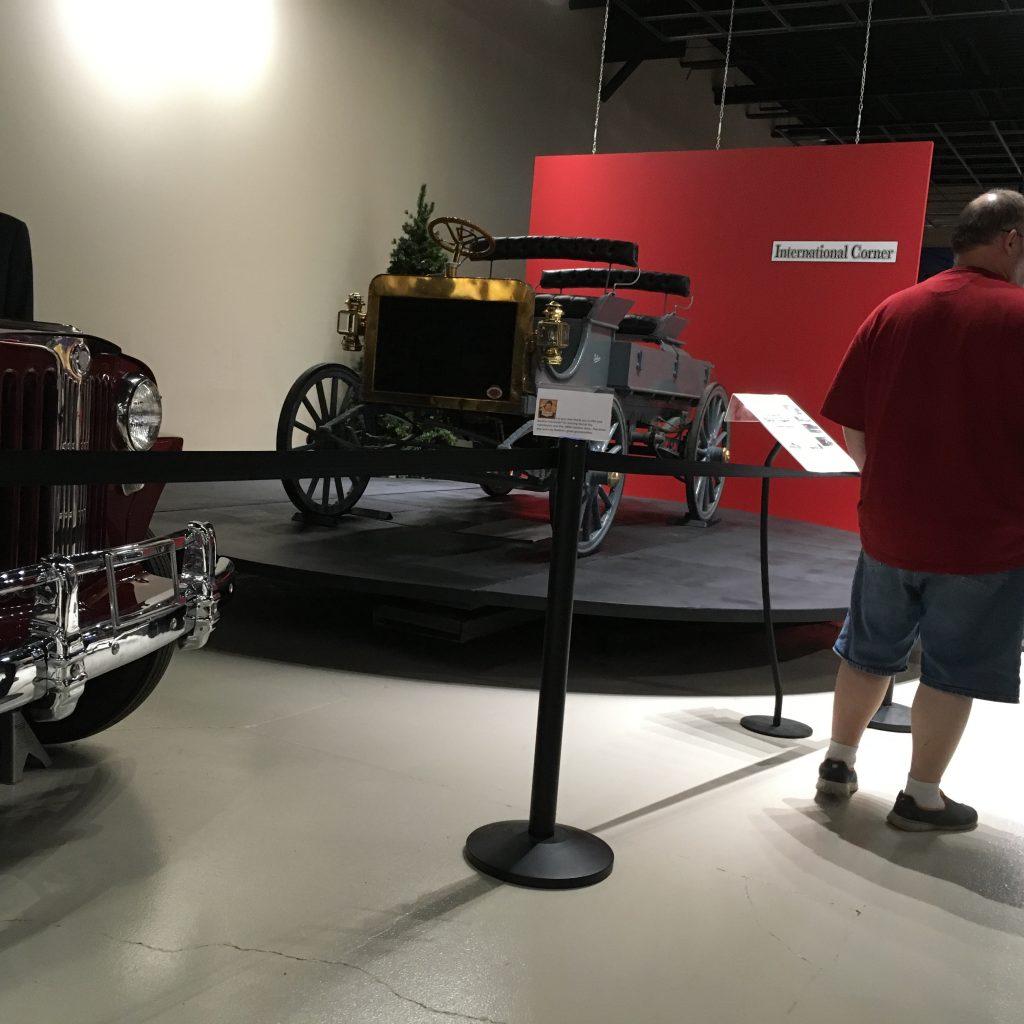 museum car display 22