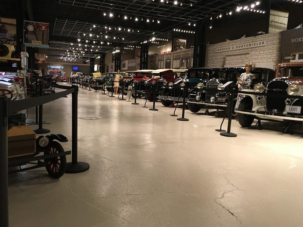museum car display 17