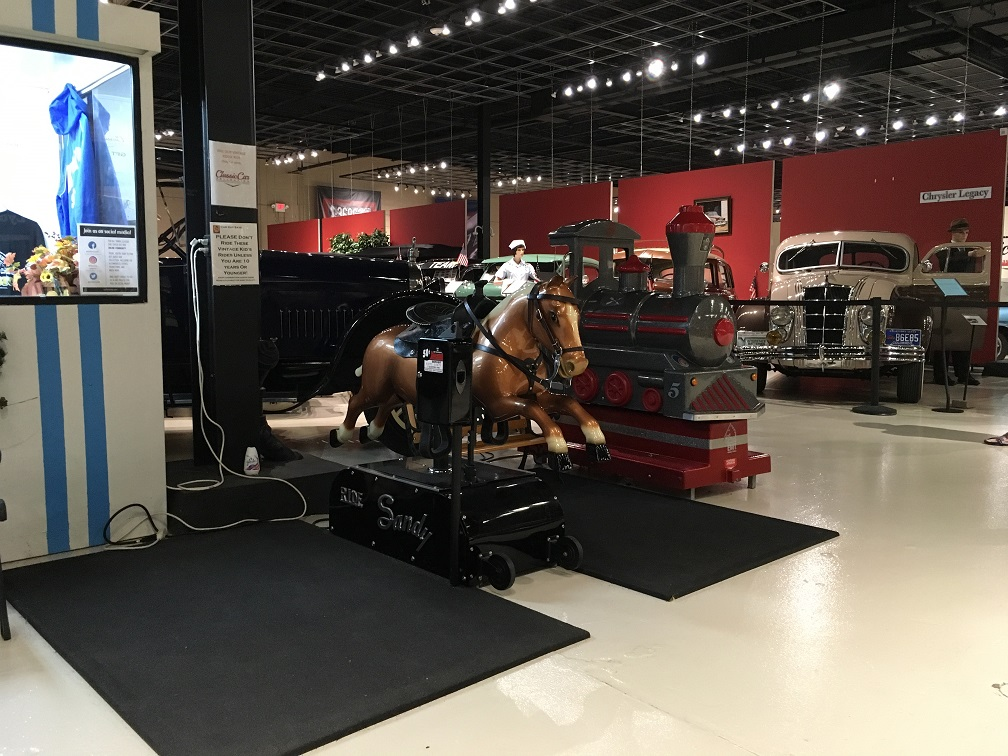museum car display 14