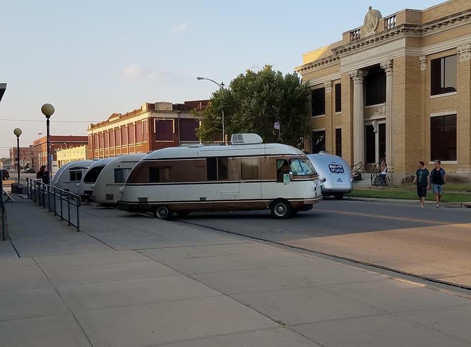 Downtown Hutchinson Ultra Van show 5