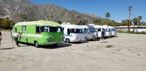 Western Rally impromptu desert car show